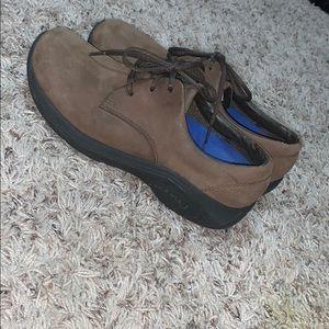 Merrell Shoes - Women's merrell shoes